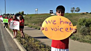 tudents across Jefferson County protest a school board proposal to emphasize patriotism and downplay civil unrest. Photo courtesy Colorado Public Radio